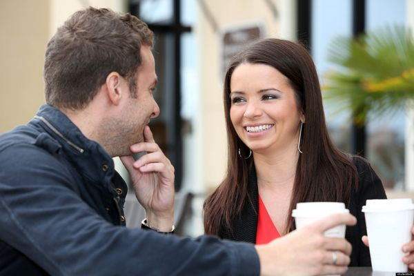 Do's and Don'ts When Flirting With Your Date